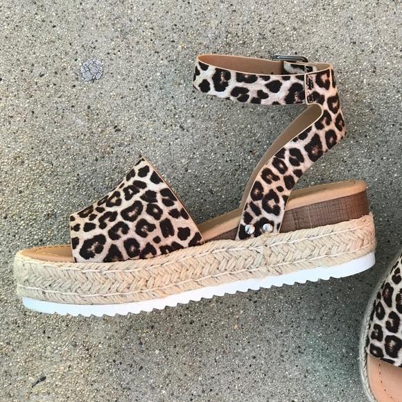 Soda Animal Print Leopard Ankle Strap